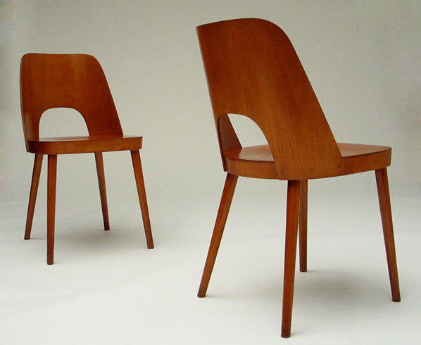 2 modern wooden plywood chairs Thonet