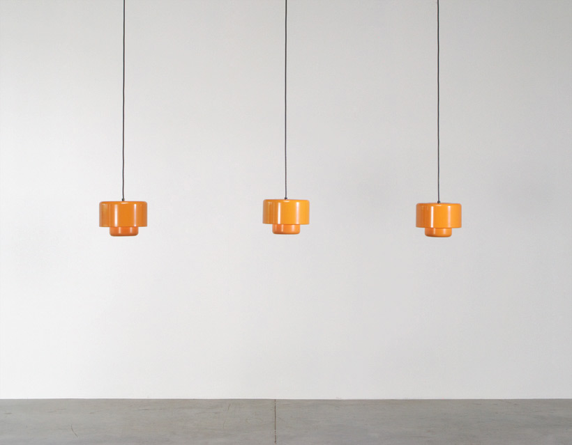 3 Fog and Murop metal orange pendant lights