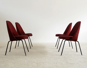 4 Eero Saarinen for Knoll mod. 71 executive side chairs
