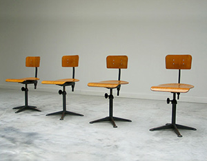 4 industrial Friso Kramer architect chairs