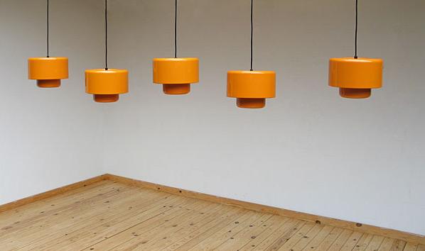 5 Fog & Murop metal orange pendant lights