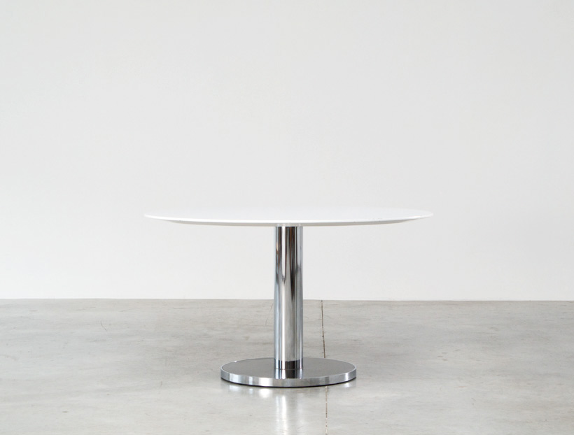Alfred Hendrickx round dinning table Belfrom