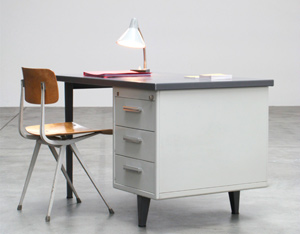 Andre Cordemeijer 7800 Industrial desk for Gispen