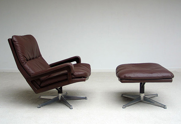 Andre Vandenbeuck Lounge King Chair and Ottoman
