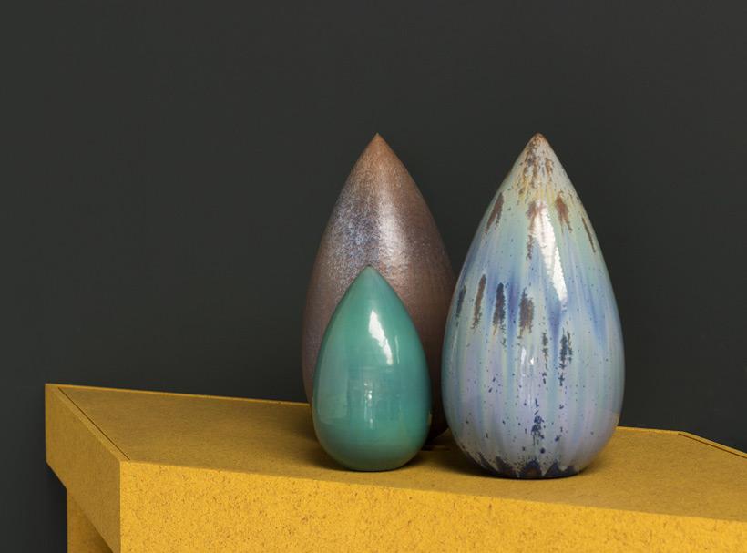 Antonio Lampecco oxidized green vase img 5