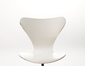 Arne Jacobsen Model 3107 Swivel Desk Chair