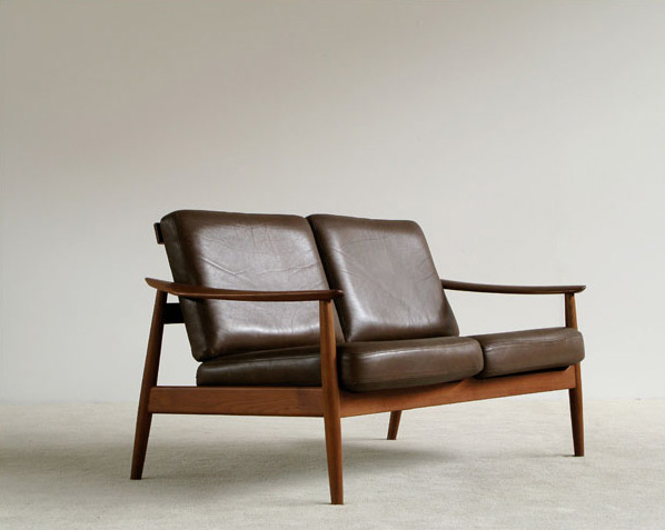 Arne Vodder leather two seater sofa