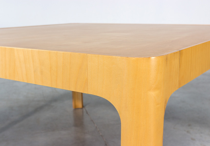 Birch wooden dinning table with curved legs img 5
