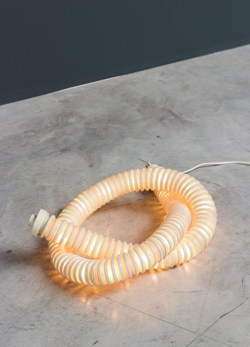 Boalum light designed Gianfranco Frattini and Livio Castiglioni 1971 img 4