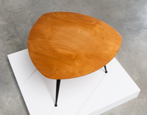 Cees Braakman Kidney shaped side table TB16 Pastoe