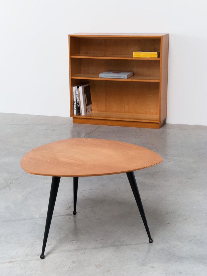 Cees Braakman Kidney shaped side table TB16 Pastoe