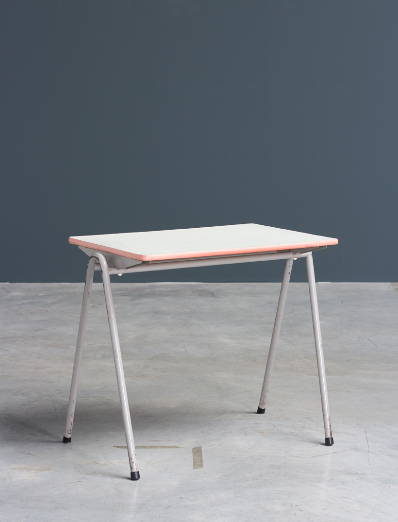 Child table Willy Van Der Meeren Industrial 1950 img 6
