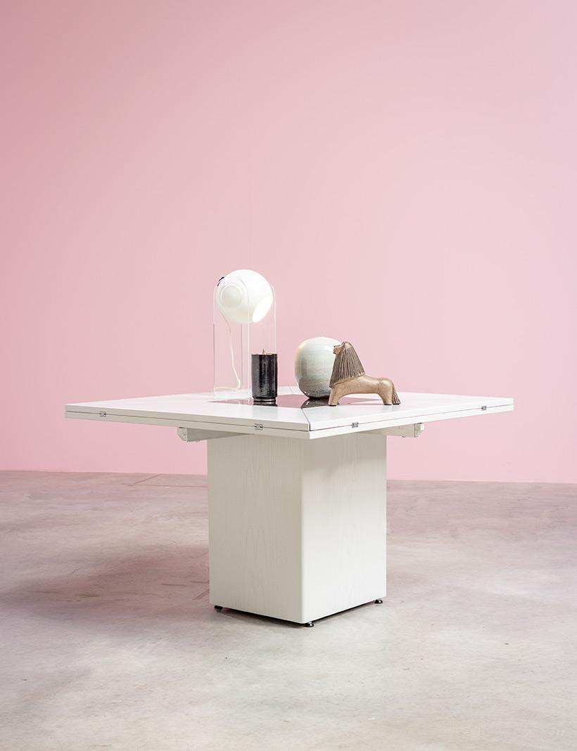 Cirkante postmodern white table Bob Van Den Berghe Pauvers 1976