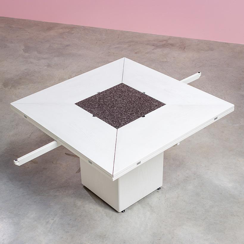 Cirkante postmodern white table Bob Van Den Berghe Pauvers 1976 img 5