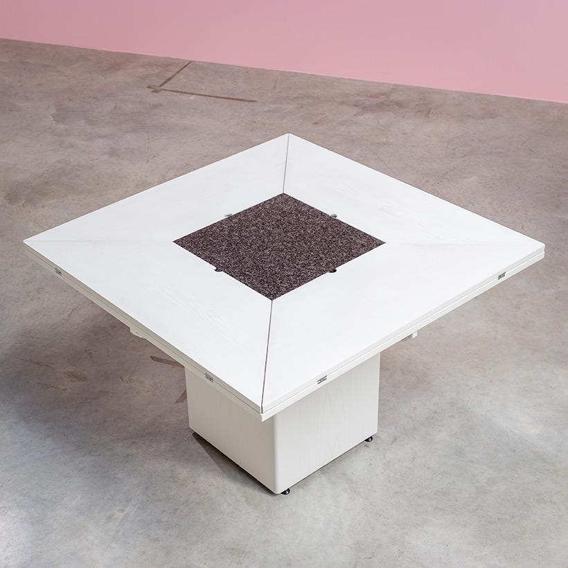 Cirkante postmodern white table Bob Van Den Berghe Pauvers 1976 img 6