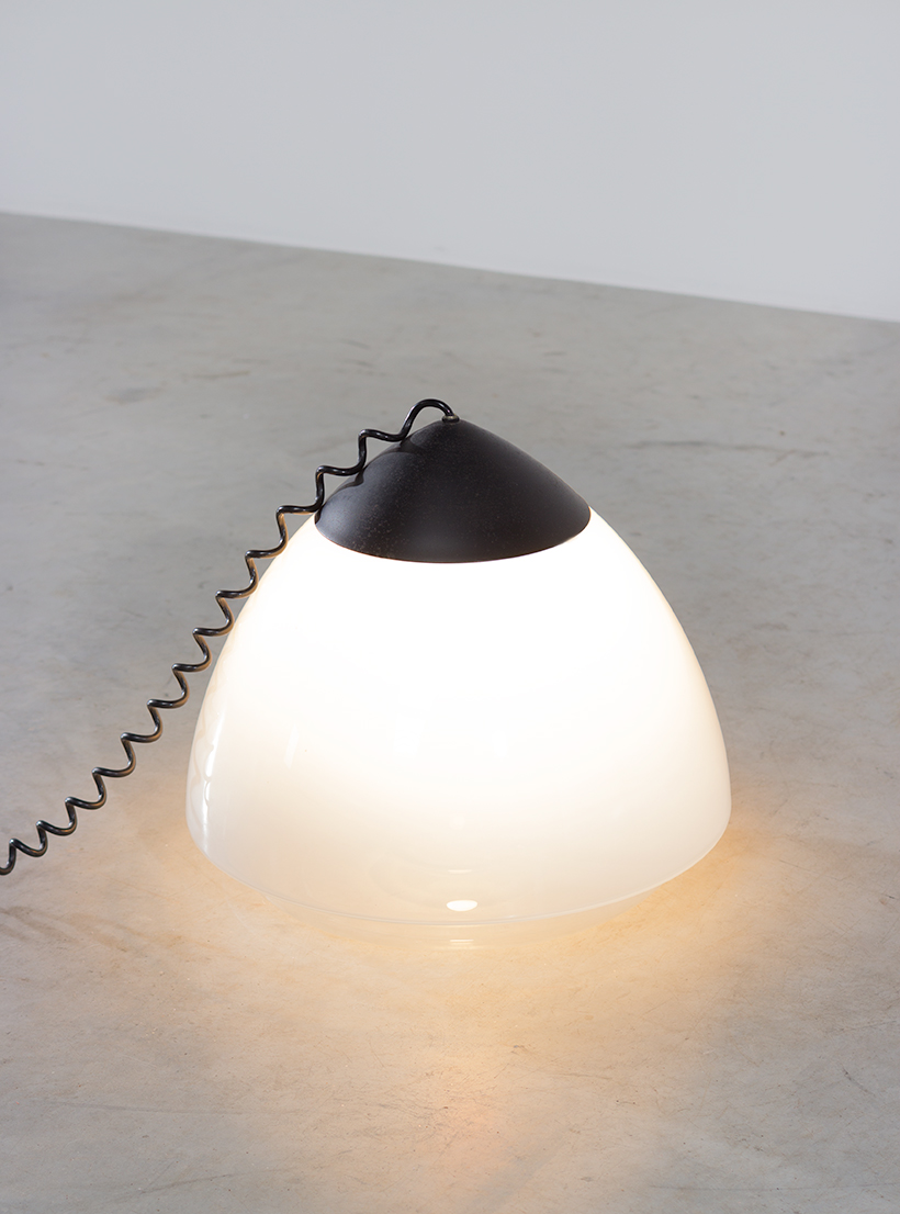 Conical floor lamp white and clear glass Barbini circa 1970 img 3
