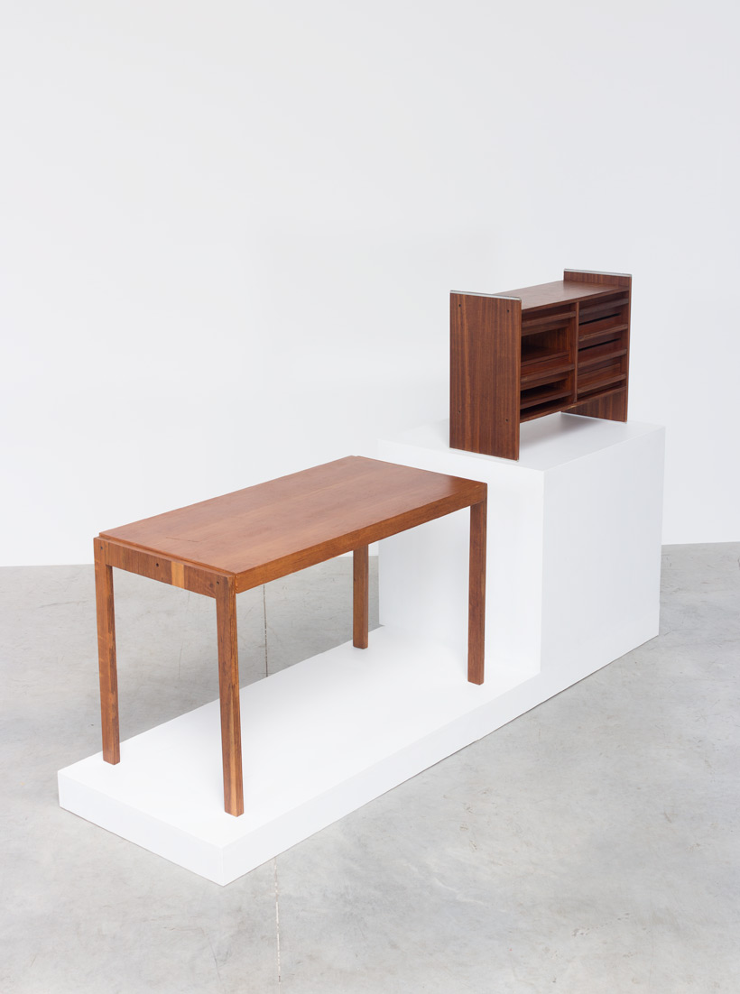 Decoplan De Coene desk Anatole Vanden Berghe and Philippe Neerman