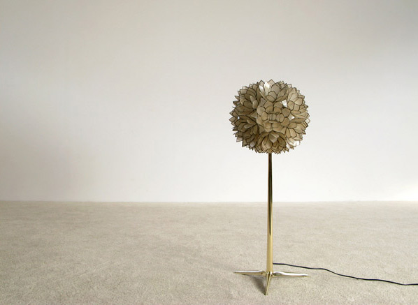 Decorative flower ball Mother of Pearl floor lamp