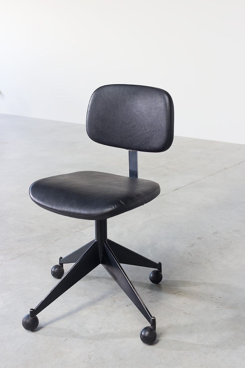 Desk chair Velca Legnano for Jules Wabbes