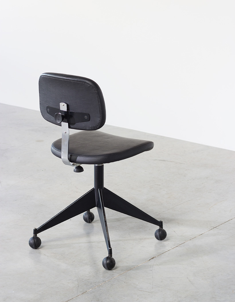 Desk chair Velca Legnano for Jules Wabbes img 5