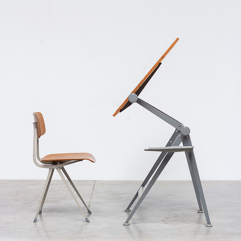 Desk table Model Reply designed by Wim Rietveld and Friso Kramer chair