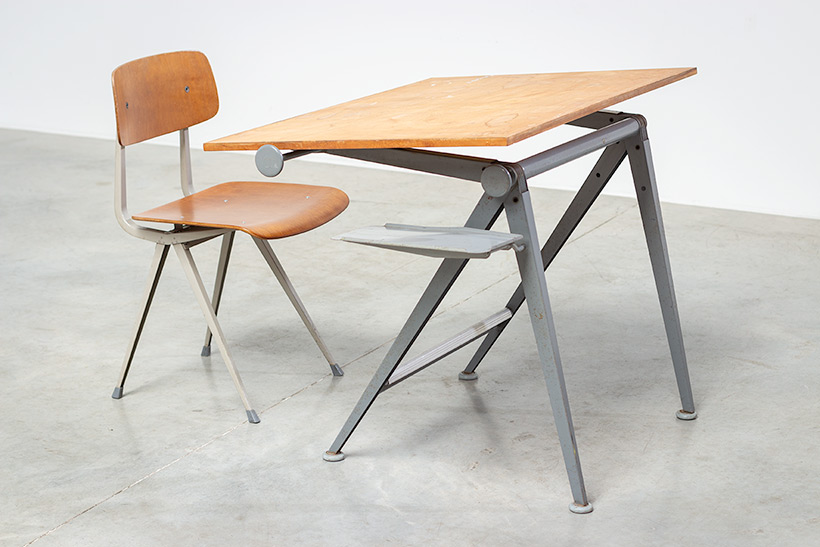 Desk table Model Reply designed by Wim Rietveld and Friso Kramer chair img 6