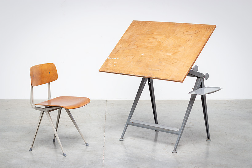 Desk table Model Reply designed by Wim Rietveld and Friso Kramer chair img 7