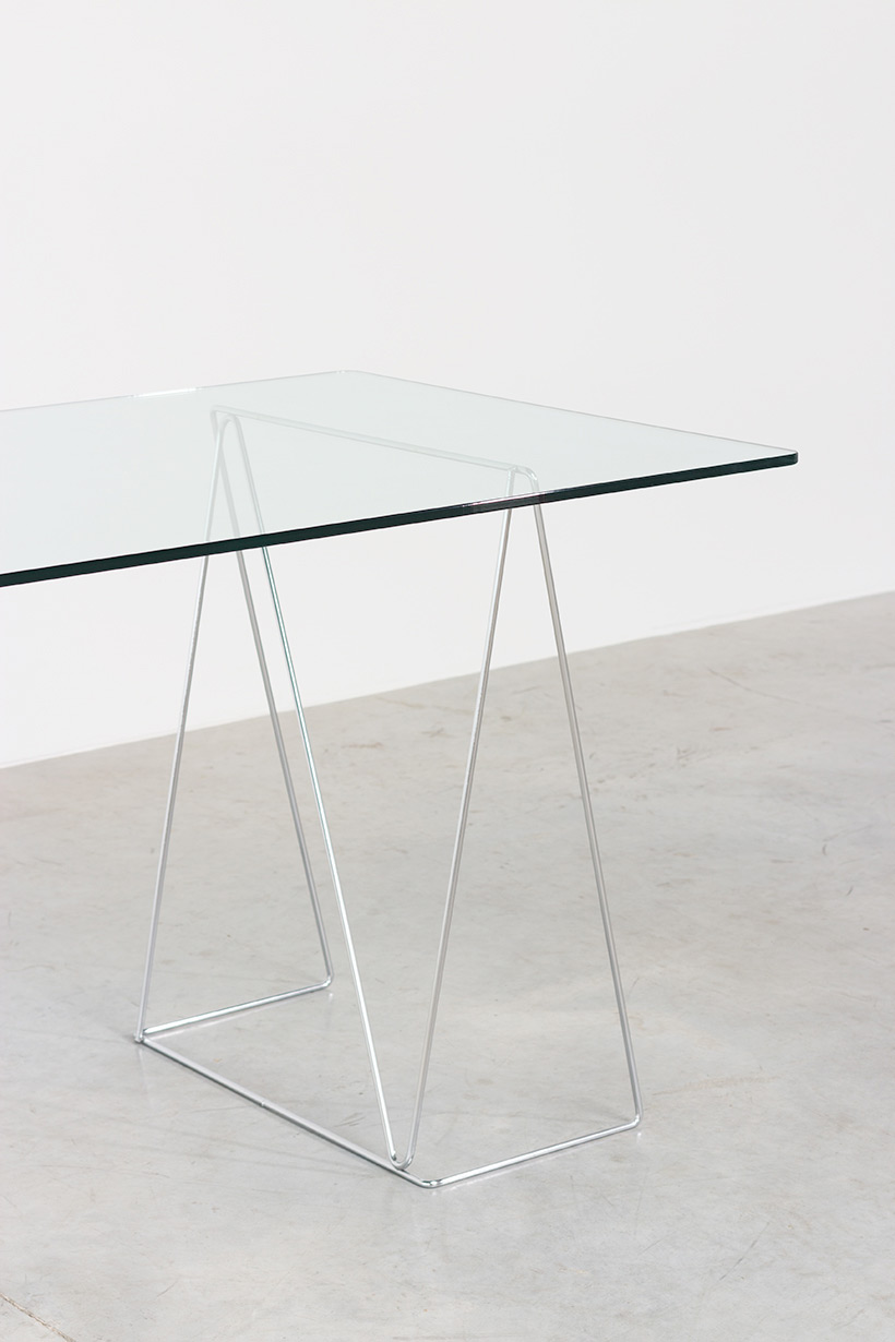 Dinning table with minimalistic modern clean lines circa for Html table lines