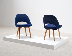 Eero Saarinen 2 side chairs Model 72 ULB for Knoll De Coene