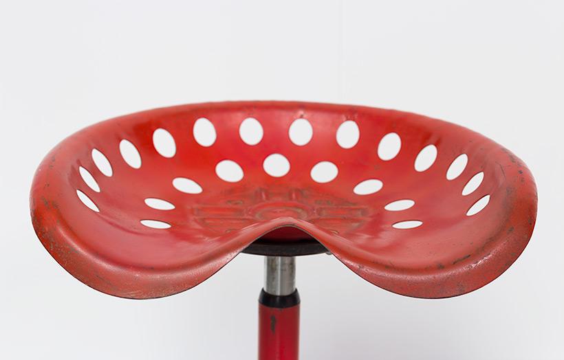 Etienne Fermigier telescopic Tractor stool Mirima Pop Art img 5