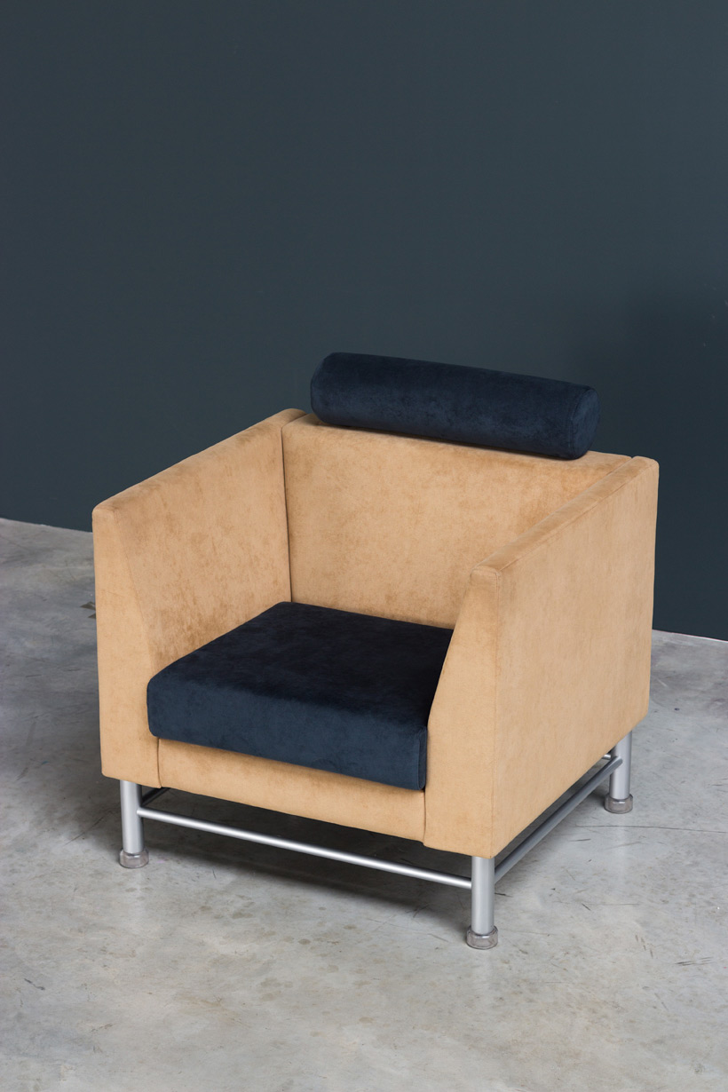 Ettore Sottsass Eastside lounge chair Memphis Knoll img 6
