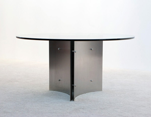 Exclusive round dinning table build on request