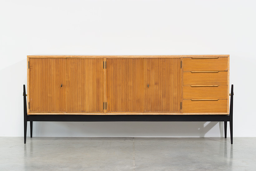 Fifties sideboard elegant storage cabinet Belgium made 1950 img 3