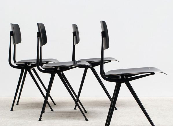Friso Kramer 4 black Result chairs Ahrend de Cirkel Industrial design