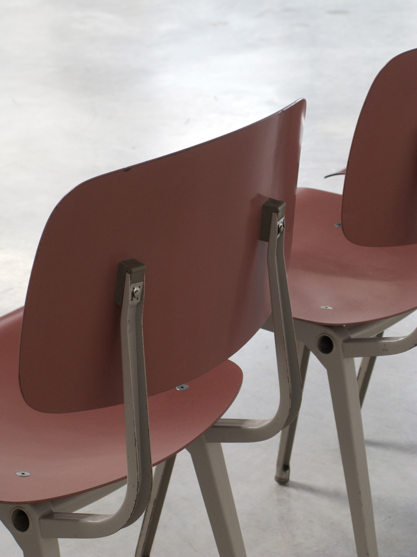 Friso Kramer 8 Maroon and Grey Revolt chairs for Ahrend de Cirkel 1953 img 9