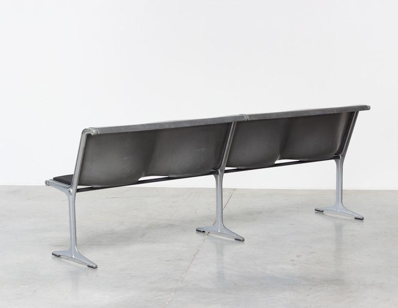 Friso Kramer Wilkhahn grey fiberglass double bench 1967 img 6