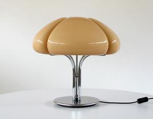 Gae Aulenti table Lamp Quadrifoglio Guzzini