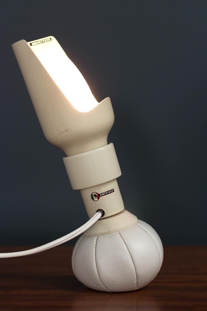Gino Sarfatti 600P table lamp Arteluce 1966