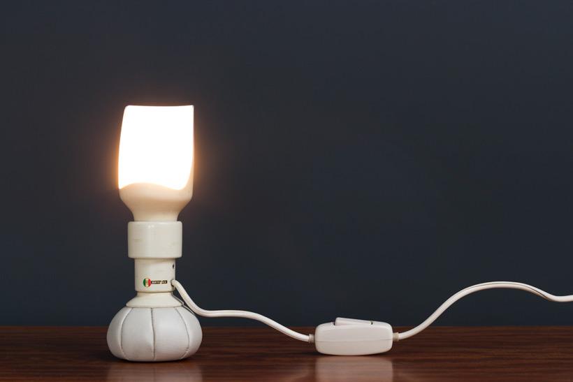 Gino Sarfatti Arteluce 600P table lamp 1966 img 4