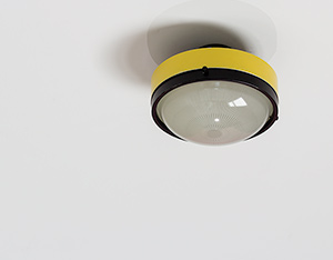 Gino Sarfatti Arteluce yellow and black ceiling light 3027 p