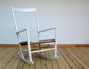 Hans J. Wegner Rocking Chair FDB Mobler
