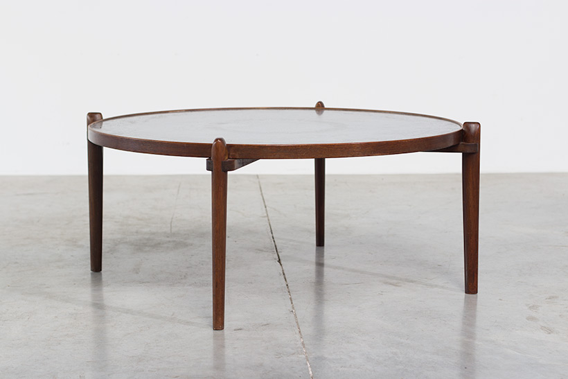 Heinz Lilienthal Etched circular Walnut Coffee Table circa 1960 img 3