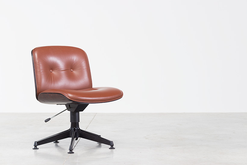 Ico Parisi Rosewood Desk chair for Mobili Italiani Moderni img 3