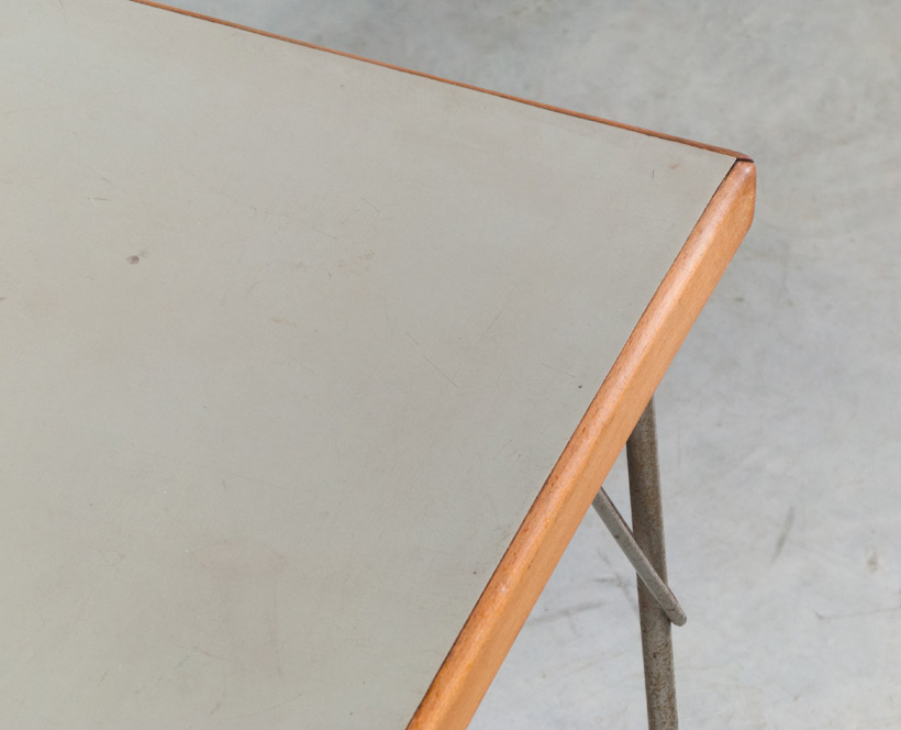 Industrial dinning table Wim Rietveld Gispen img 4