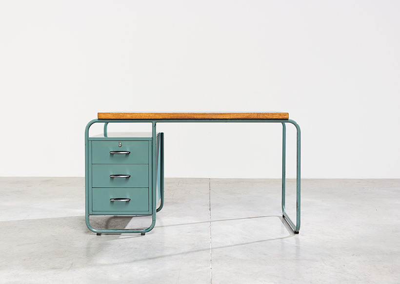 Industrial Tubular Steel and Linoleum Desk Bauhaus 1940s img 3