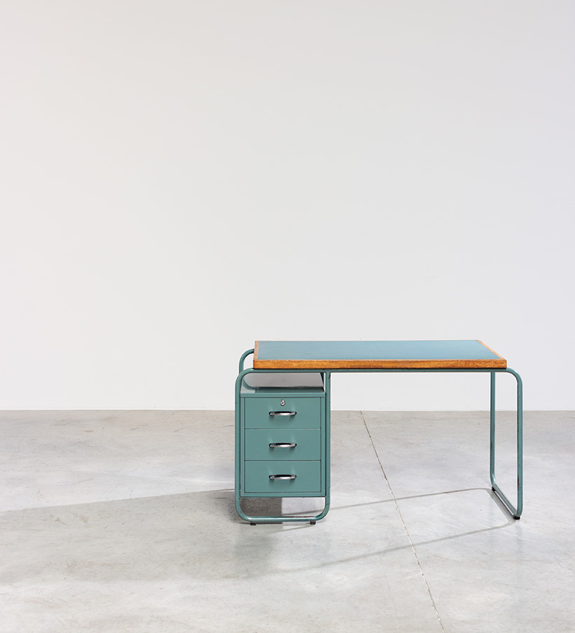 Industrial Tubular Steel and Linoleum Desk Bauhaus 1940s img 4
