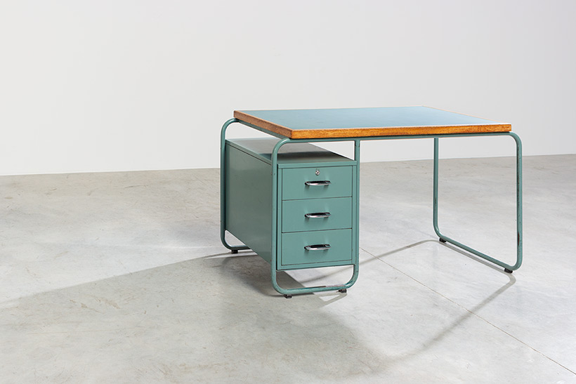 Industrial Tubular Steel and Linoleum Desk Bauhaus 1940s img 5