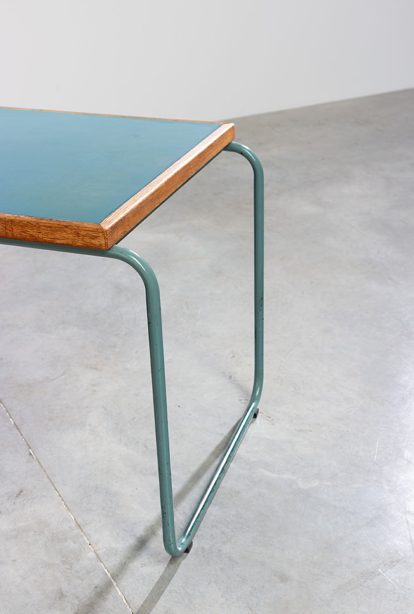 Industrial Tubular Steel and Linoleum Desk Bauhaus 1940s img 8