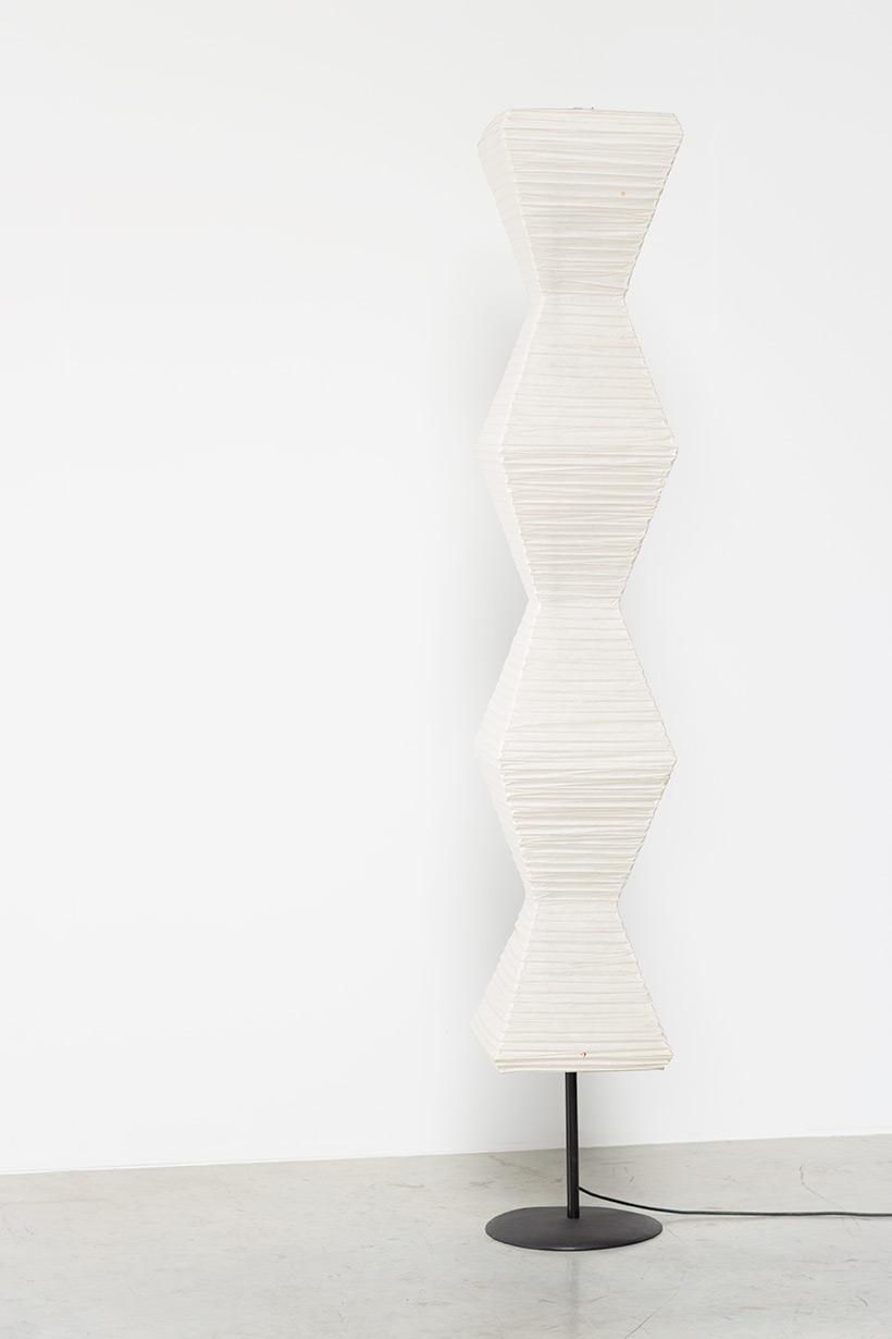 Isamu Noguchi Akari light Shoji paper The Endless Column Floor lamp img 5