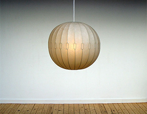 Italian 1960 pendant ball lamp sprayed fiberglass
